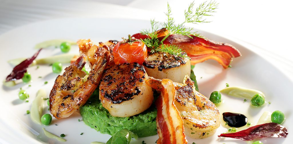 Seared Scallops Minted Pea Puree Crisp Pancetta